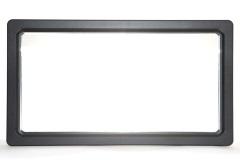 PLAST 770 X 430 s črnim okvirjem (+50,23 €)